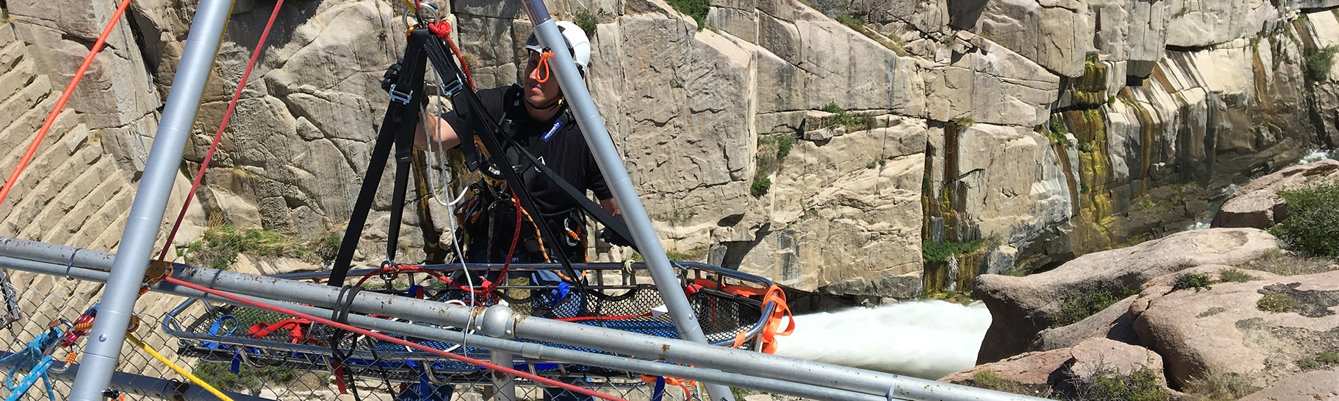 Peak rescue rope access